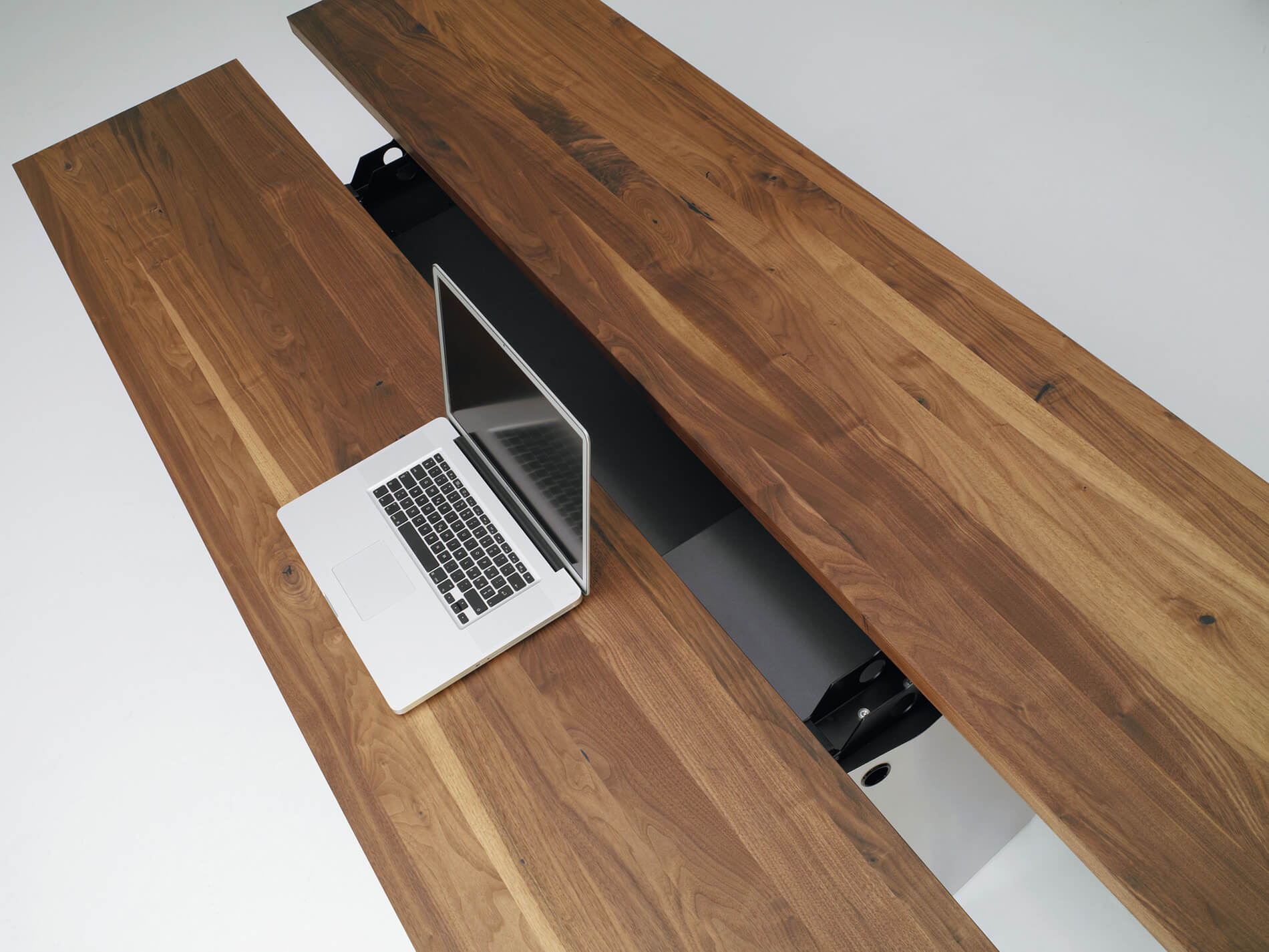Table APP | american walnut solid | Function open