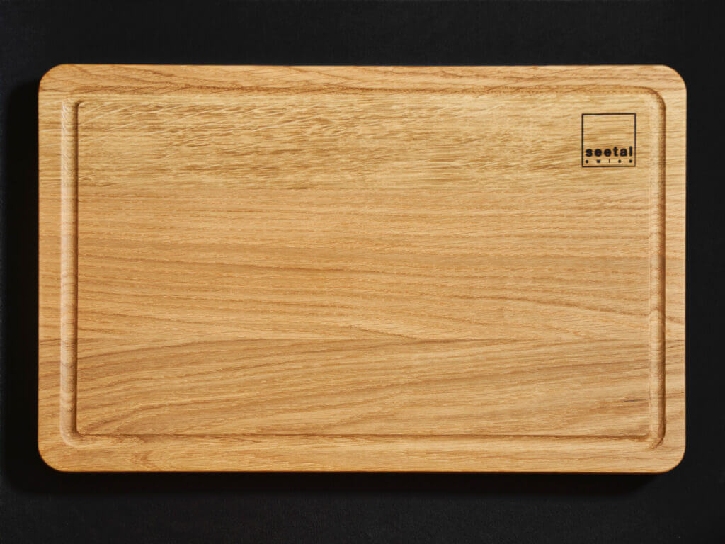 Bread cutting board solid oak